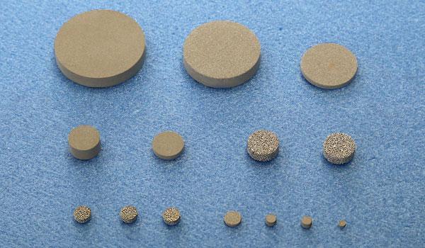 円盤型焼結フィルター(ステンレス)寸法表